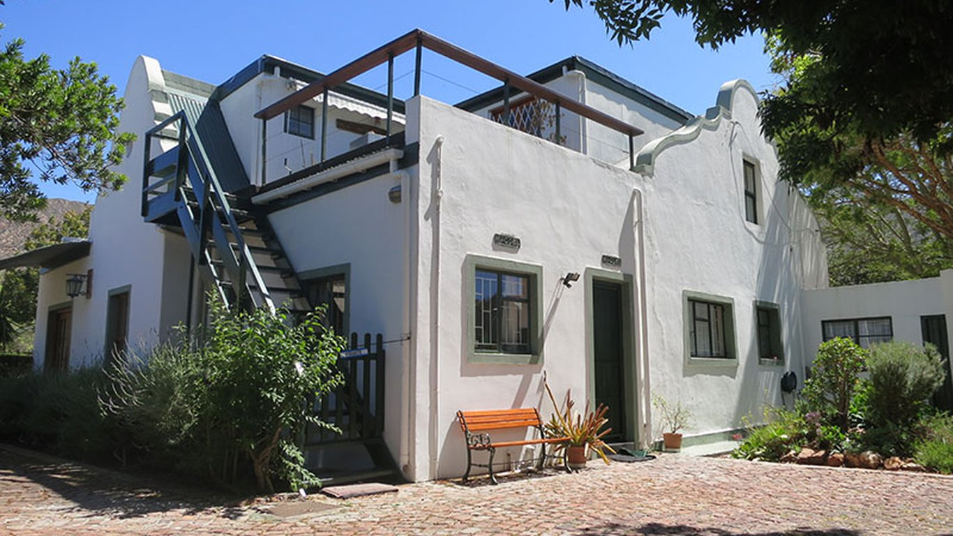 Rose cottage montagu in montagu best price guaranteed for Rose cottage