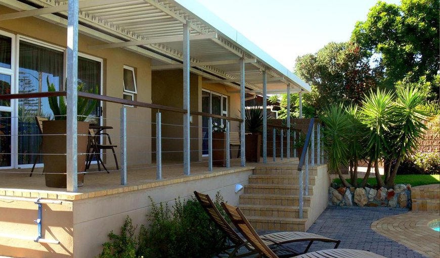 Hajo's Lodge & Tours is a beautifully furnished bed and breakfast guesthouse situated in the suburb of Milnerton.