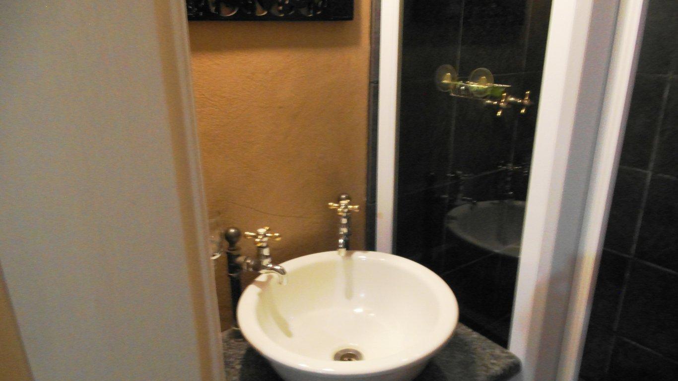 Bathroom Lights Pretoria kniff un gaffel guest house in pretoria (tshwane) — best price