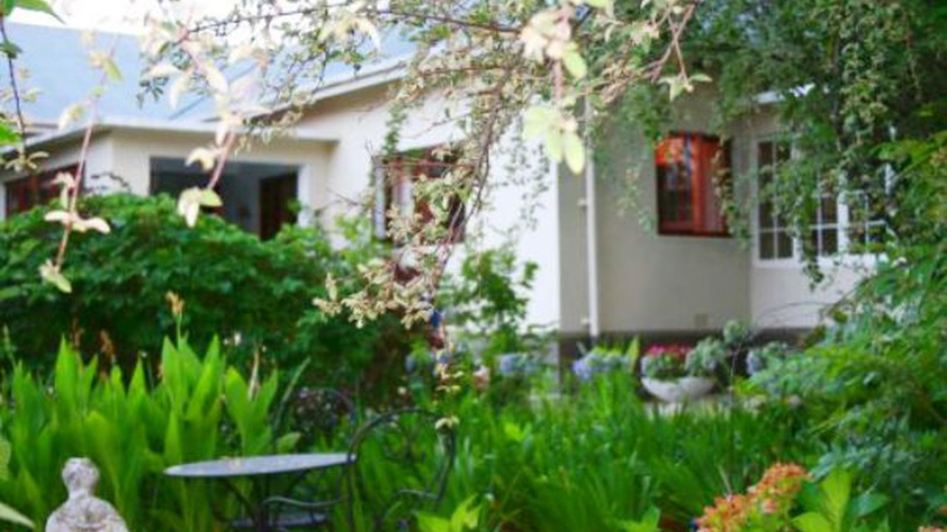 the lemon tree house bed and breakfast in robertson u2014 instant booking