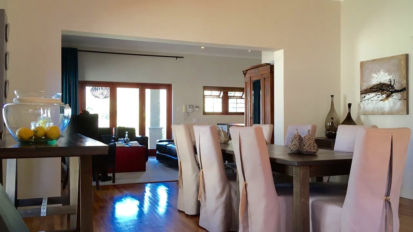 Calais Guest House In Franschhoek Instant Booking