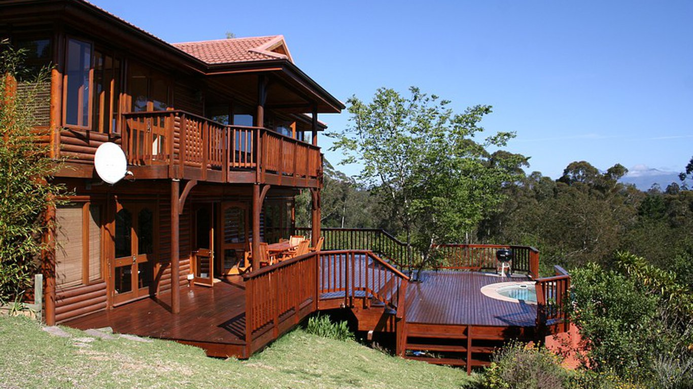 info top getaways cabins vacationrentals by guide com vacations guides vacation cabin