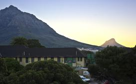 River Lodge Backpackers image