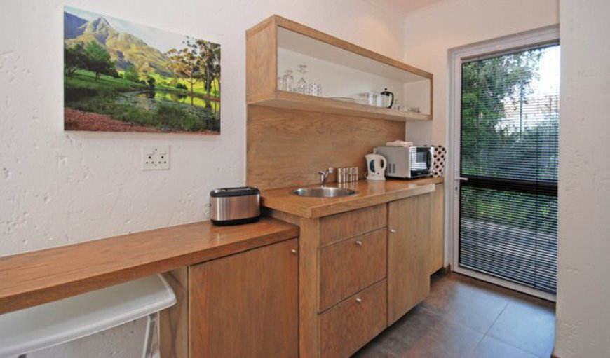 Suite 3 - Kitchenette