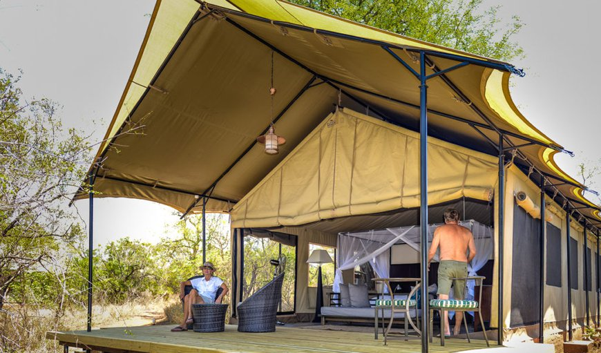 The tents has double or twin single beds