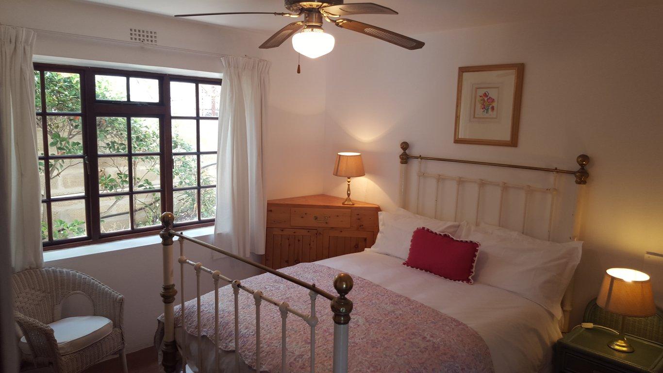 Suburbs Mama Nursery In Master Bedroom: Arniston Lodge In Arniston