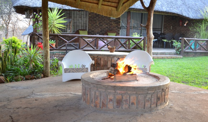 There is a braai area in the boma and a fire pit for ambiance. A splash pool under thatch is also available for your use