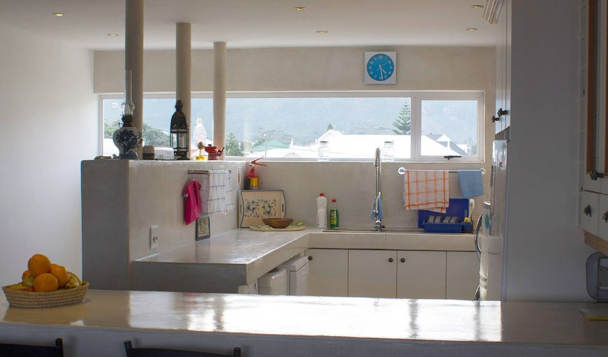 Fully equipped kitchen with mountain and sea view