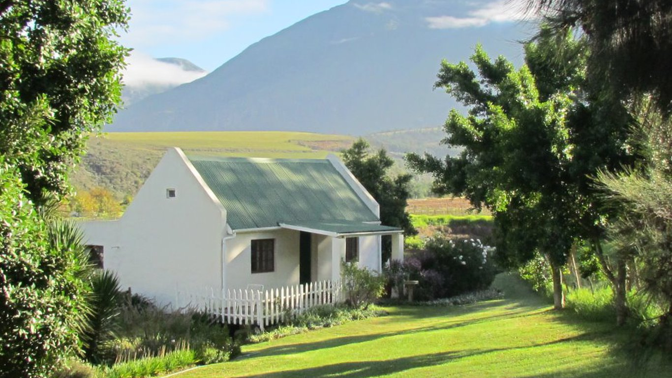 Wildebraam berry estate in swellendam best price guaranteed for Rose cottage