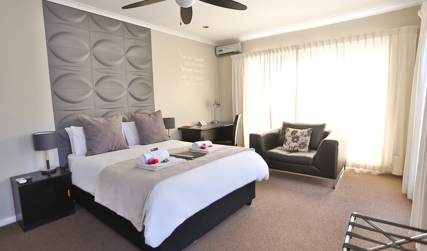 A double or single room(double bed), Room overlooking Tygerberg Nature Reserve. Spacious room with an en-suite bathroom with a shower. The room has an air-conditioning, mini bar fridge, coffee/tea station, TV, free wifi. in Plattekloof, Cape Town, Western Cape, South Africa