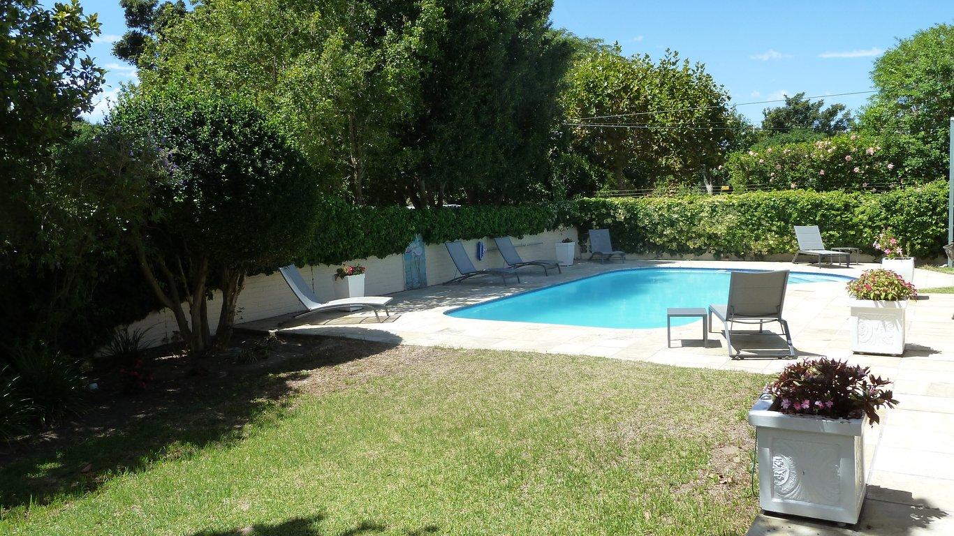 Villa Karibu in Tokai in Tokai, Cape Town — Best Price Guaranteed