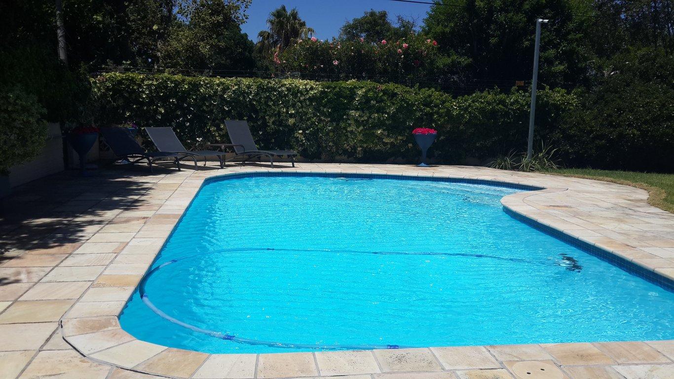 Villa karibu in tokai in tokai cape town best price guaranteed for Southern suburbs swimming pool