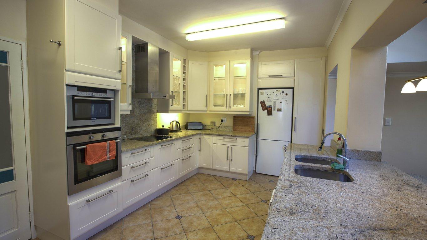 Ziemlich Schöne Küchen Mit Kleinen Budget Galerie - Ideen Für Die ...