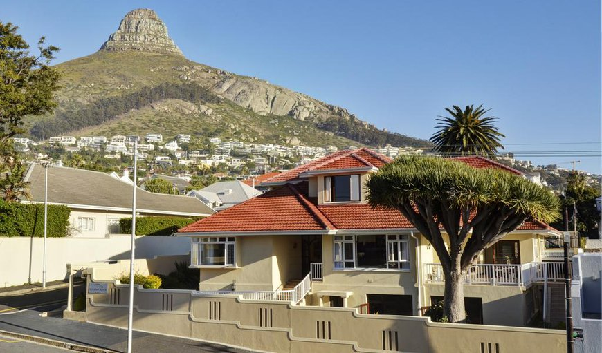 Welcome- Set in the heart of Fresnaye, Sundown Manor makes for the ideal base to explore the many attractions Cape Town has to offer. in Fresnaye, Cape Town, Western Cape, South Africa
