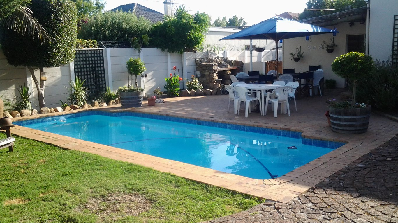 Pepper Cottages In Plumstead Cape Town Best Price
