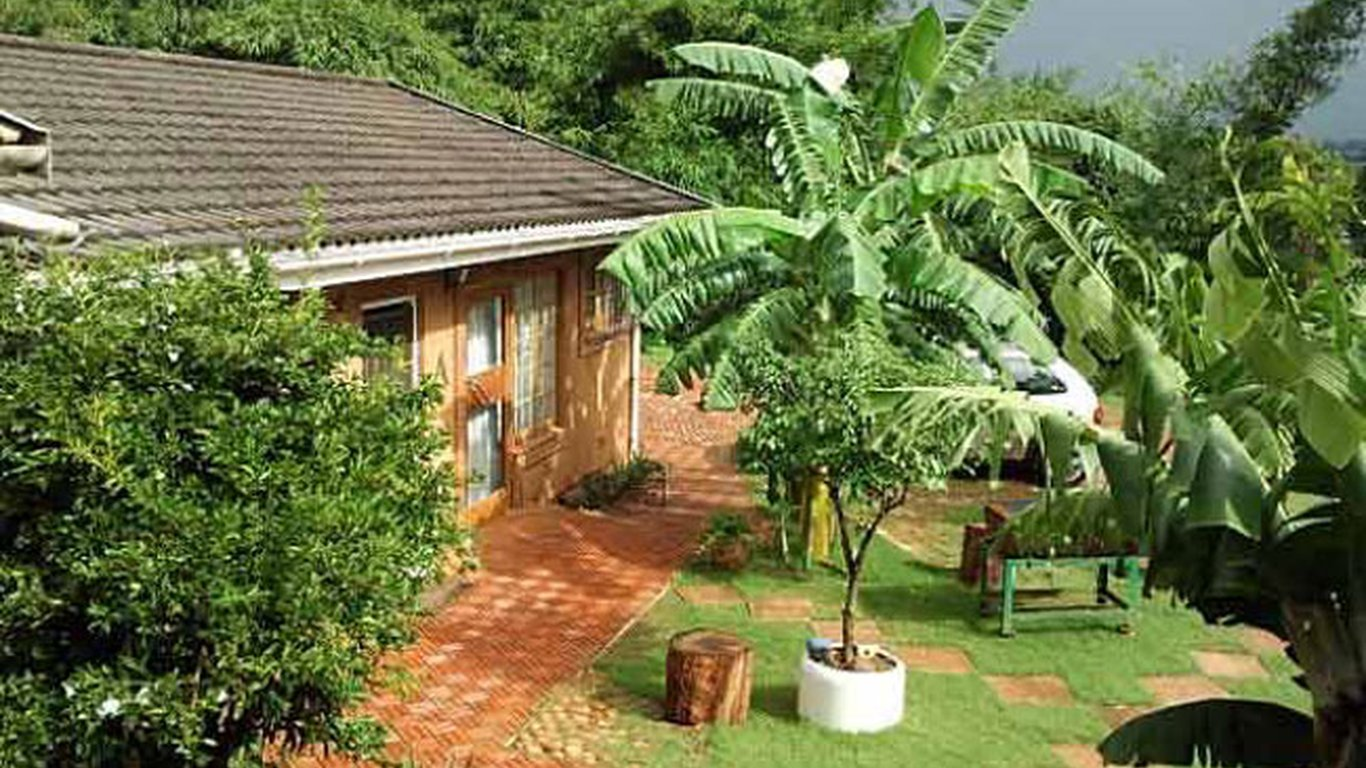 North Lodge Cottages in Durban North, Durban — Best Price