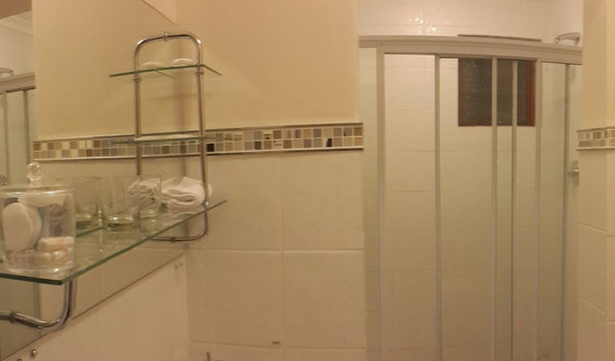 En suite shower bathroom