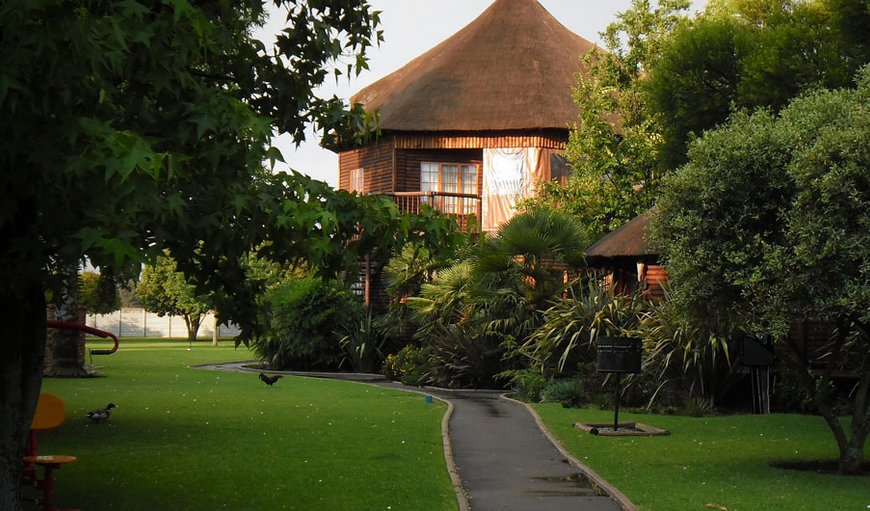 Welcome to Ikwekwezi Guest Lodge  in Kempton Park, Gauteng, South Africa