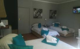 Namib DLux Guestrooms Self-catering Units image