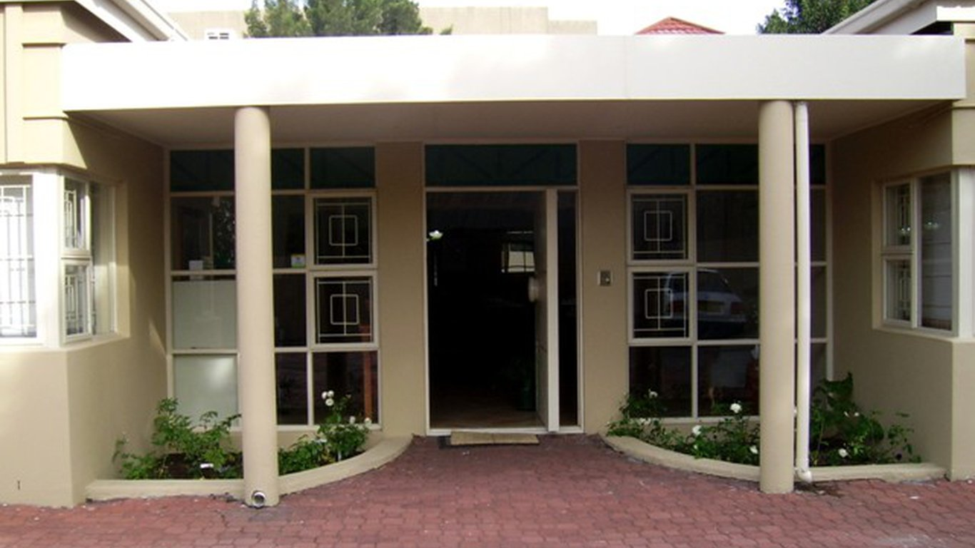 Broadway guest house in bellville cape town best price for Broadway house