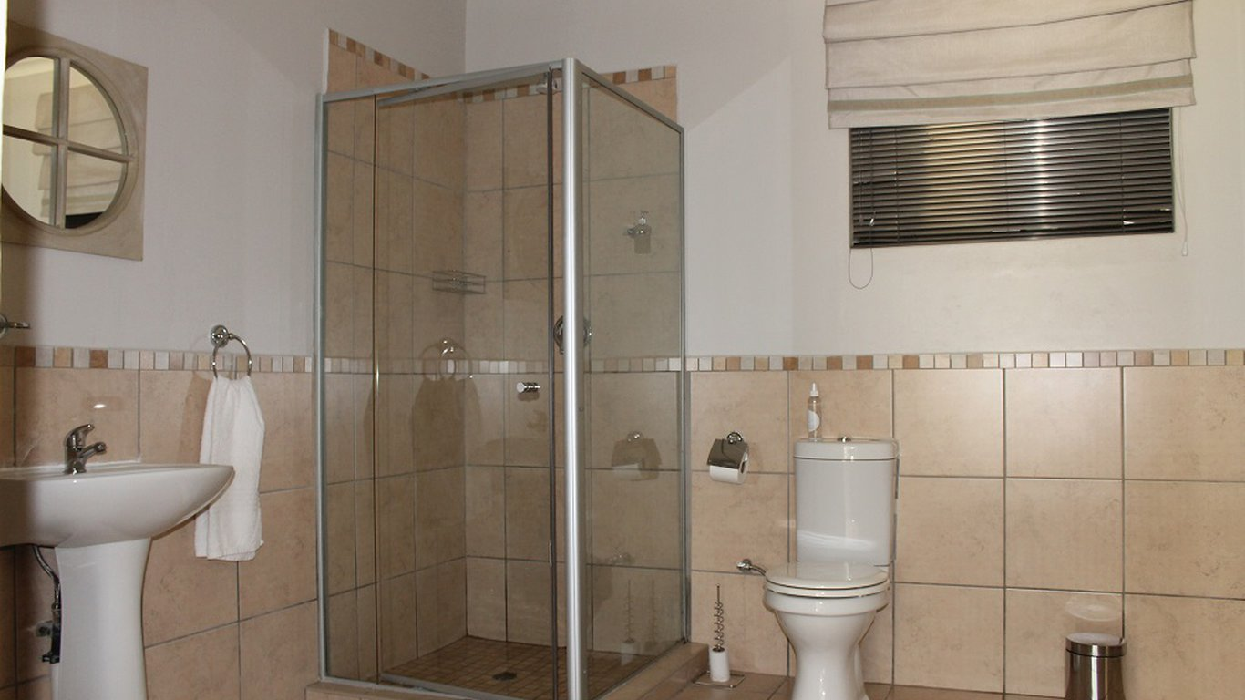 bathroom tile shower pictures fin and feather guesthouse in beyerspark boksburg best 16825