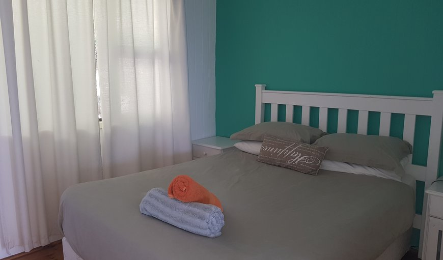 Boa Vida 2 - bedroom with double bed