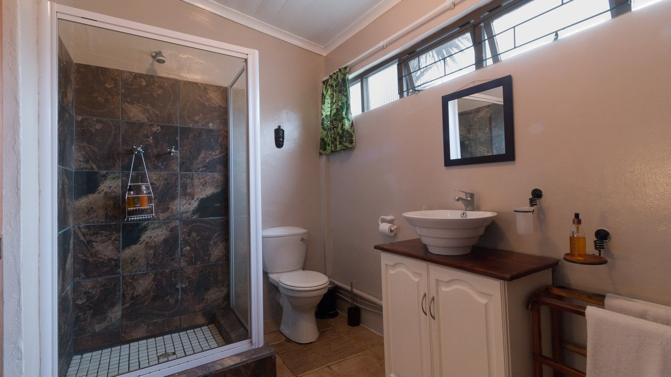Inyathi Guest Lodge Self-Catering in Knysna Central , Knysna — Best ...