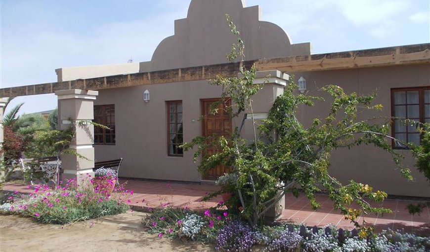 4 bedroom on the outside in Henties Bay, Erongo, Namibia