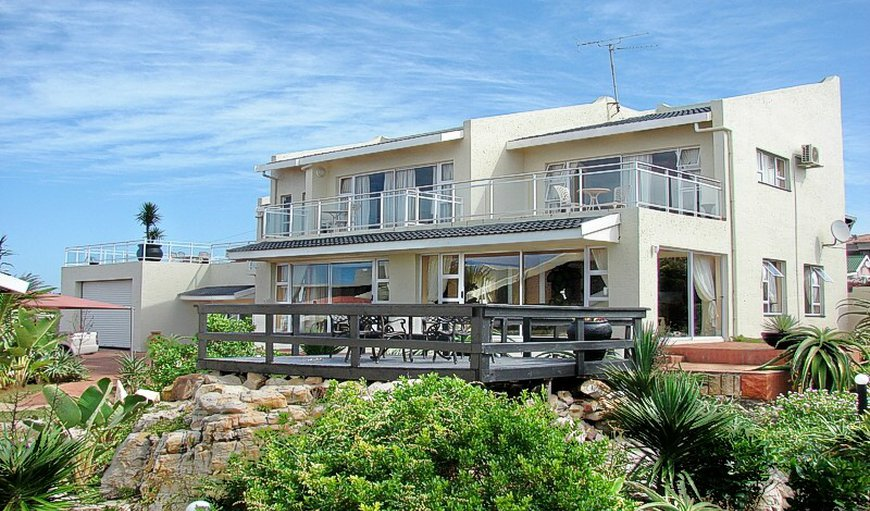 Welcome to the stunning Aloe Inn Guest House in Port Edward, KwaZulu-Natal , South Africa