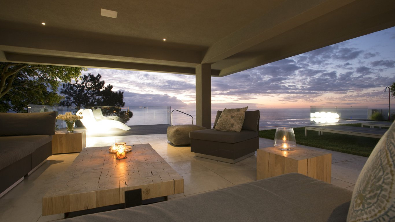 Cb one luxury stay in camps bay cape town best price for Luxury stays