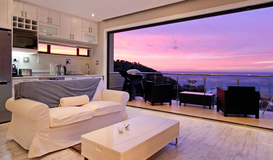 Sea View Suite in Camps Bay, Cape Town, Western Cape , South Africa