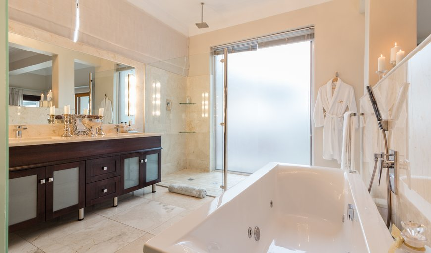 Ensuite bathroom - spa bath, walk-in shower, double vanity, bidet, toilet