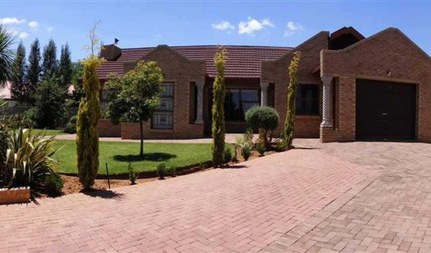 Lentha's Lodge in Langenhoven Park, Bloemfontein, Free State Province, South Africa
