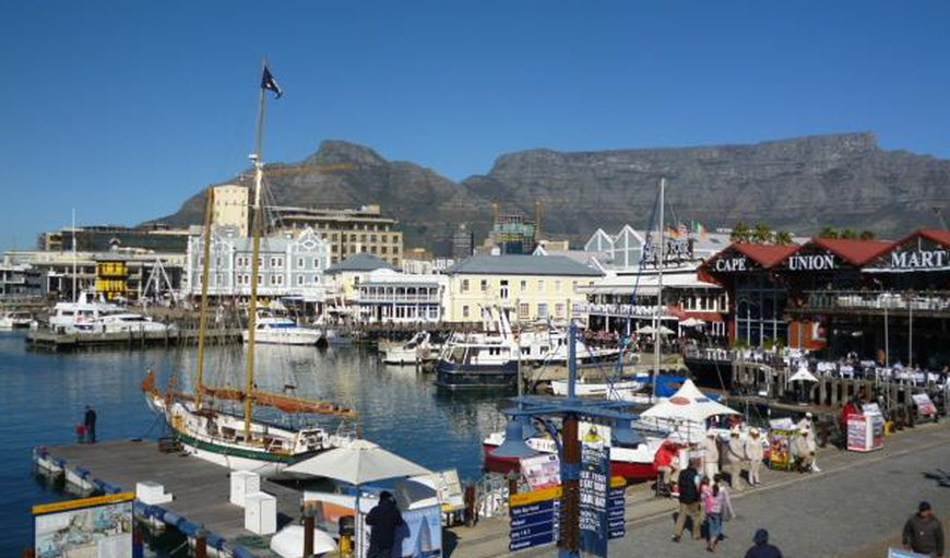 Cape Town's famous V&A Waterfront, and other attractions such as Table Mountain and Robben Island, is just a scenic 60 km drive from Big Skies Guesthouse.