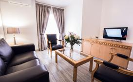 Airport Inn - Executive Suites image