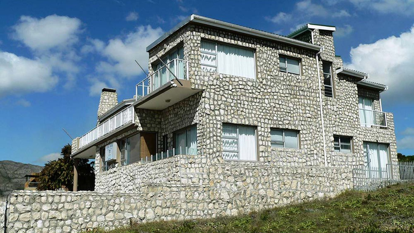 The stone house gansbaai in gansbaai best price guaranteed for Cost of stone for house