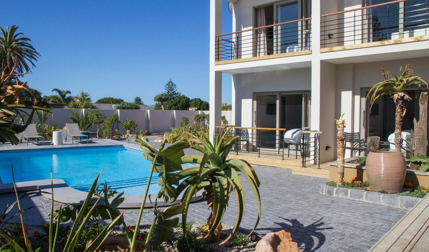 Welcome to Ocean Bay Guest House in Summerstrand, Port Elizabeth, Eastern Cape, South Africa