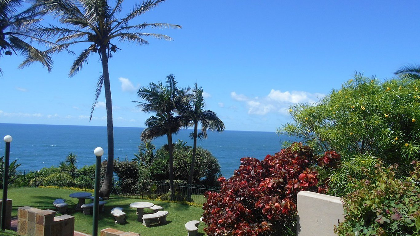Villa royale 2 ballito in ballito best price guaranteed for Villa royale
