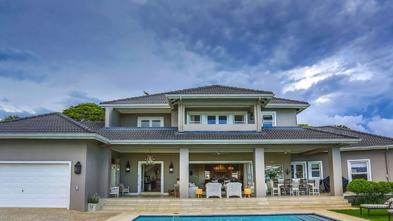 Woodbury house in la lucia durban best price guaranteed for Best house