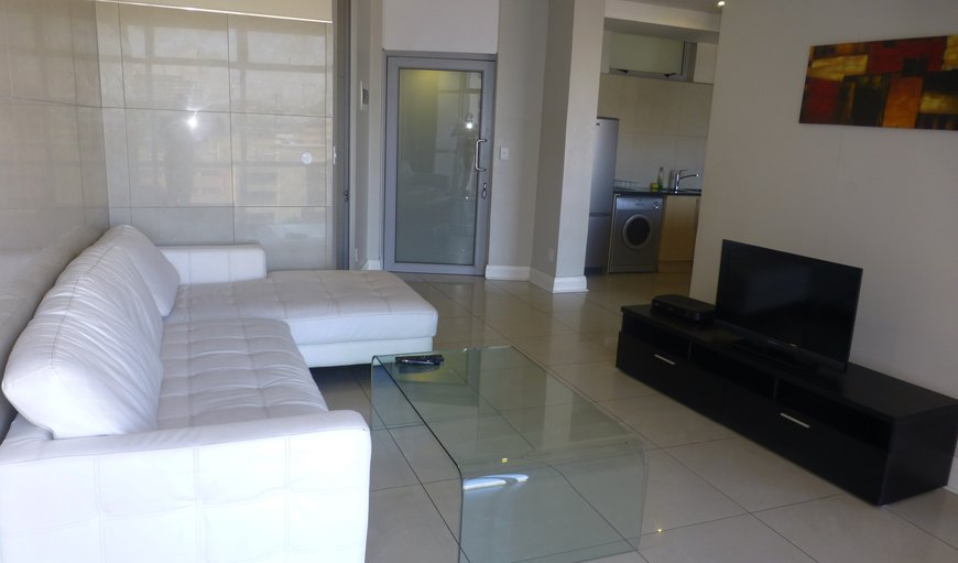 Lounge/Sitting Room/Dstv full bouquet