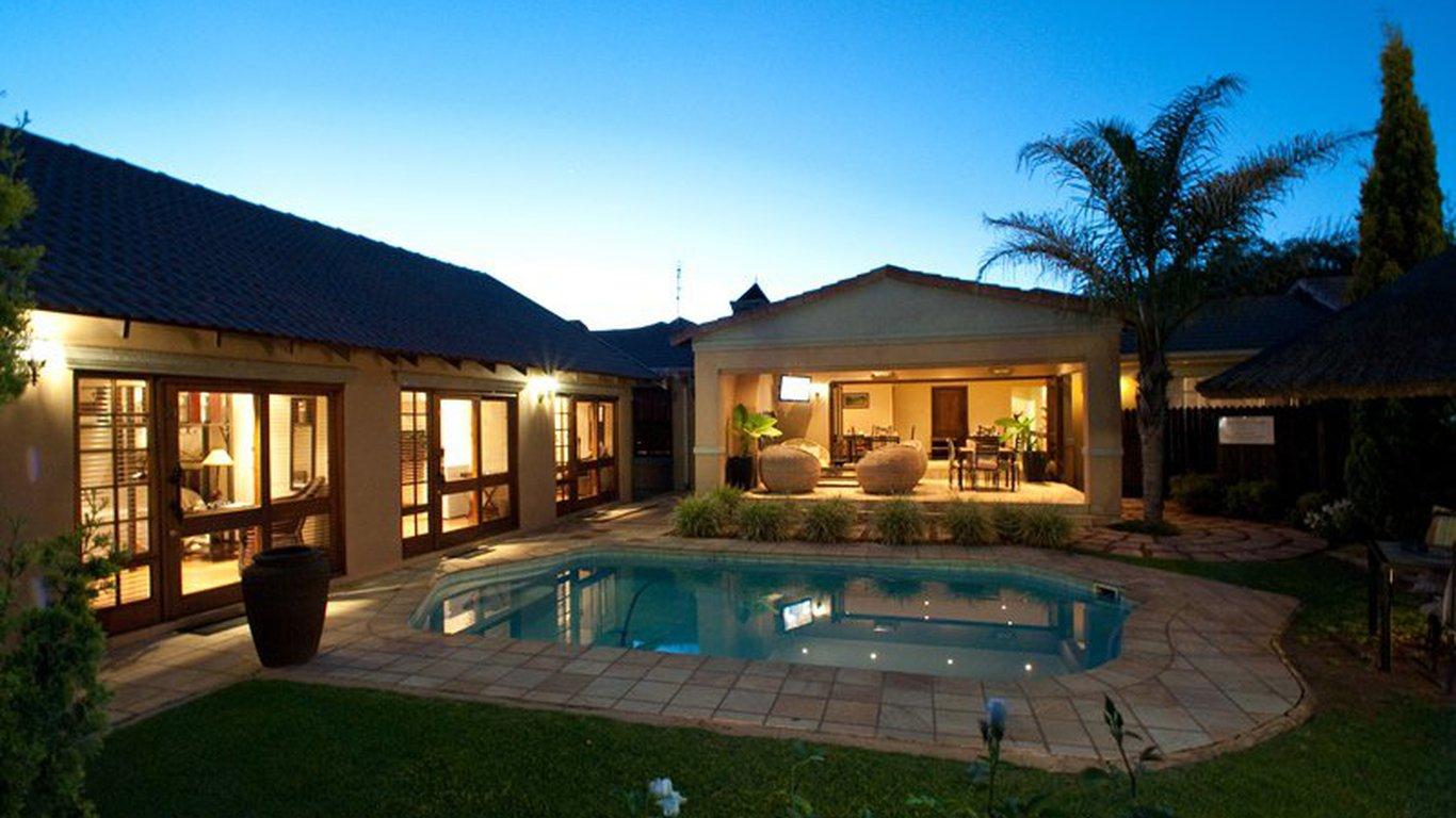 Rise shine lodge in universitas bloemfontein best - Stadium swimming pool bloemfontein prices ...