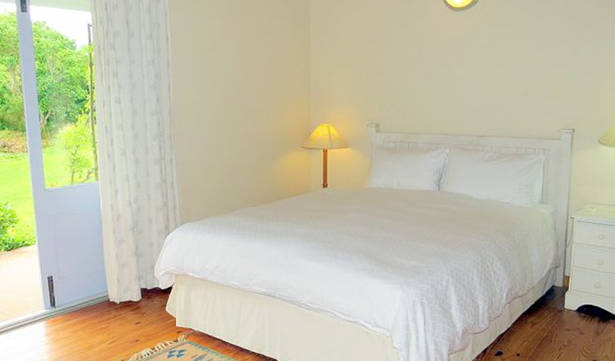 Queen size bed, cotton bedding in Stanford, Western Cape , South Africa