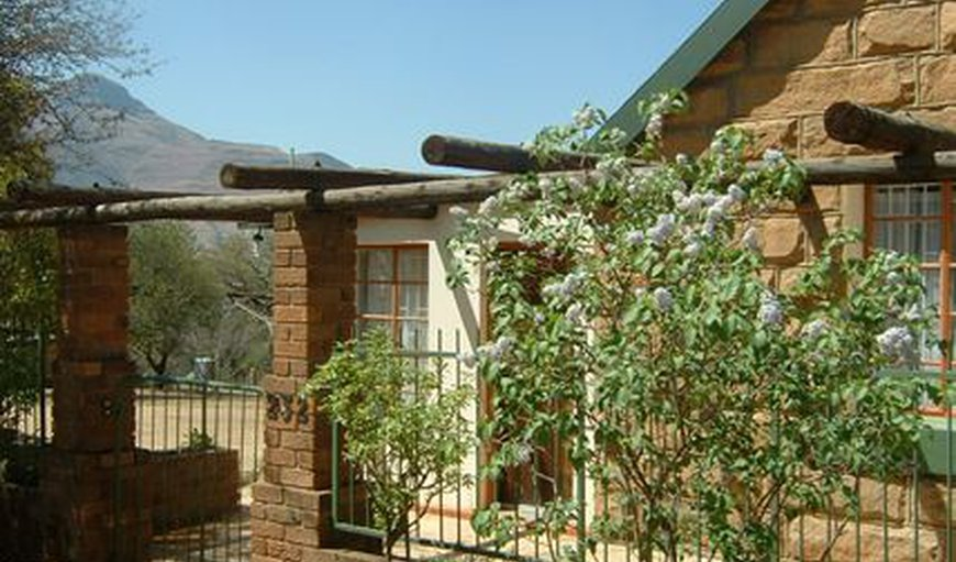 See-View House and Cottage in Clarens, Free State Province, South Africa