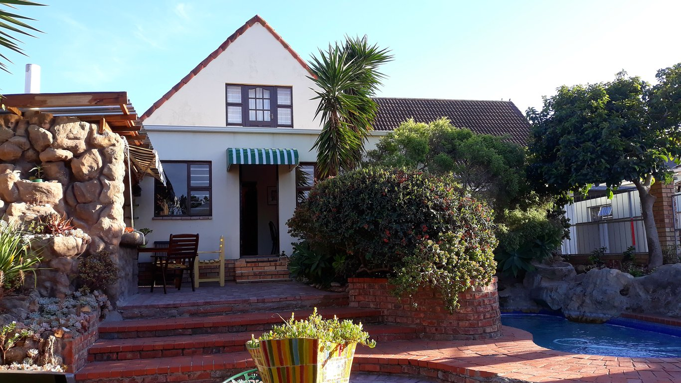 Albert Road Garden Guest House In Walmer Port Elizabeth Eastern Cape South Africa