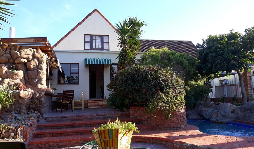 Welcome to Albert Road Garden Guest House in Walmer, Port Elizabeth, Eastern Cape, South Africa