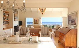 Shore's Edge Luxury Guesthouse image