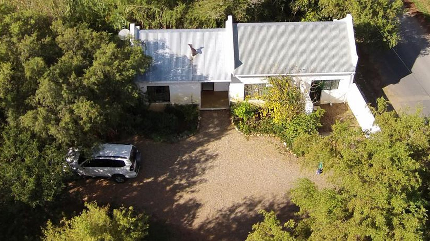 Olive Thrush Cottage In Prince Albert Best Price Guaranteed