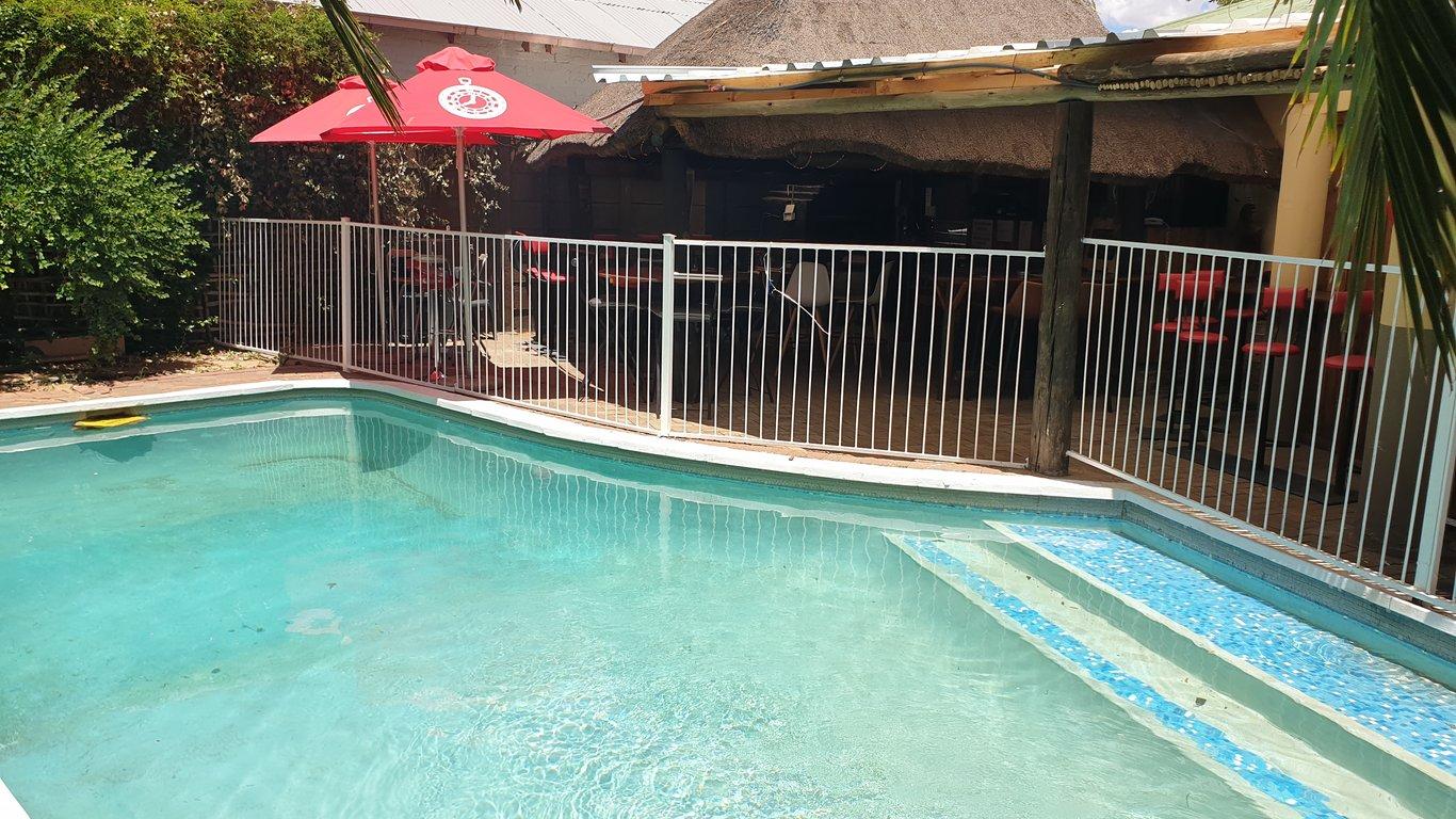 Curie bed breakfast in bloemfontein best price guaranteed - Stadium swimming pool bloemfontein prices ...