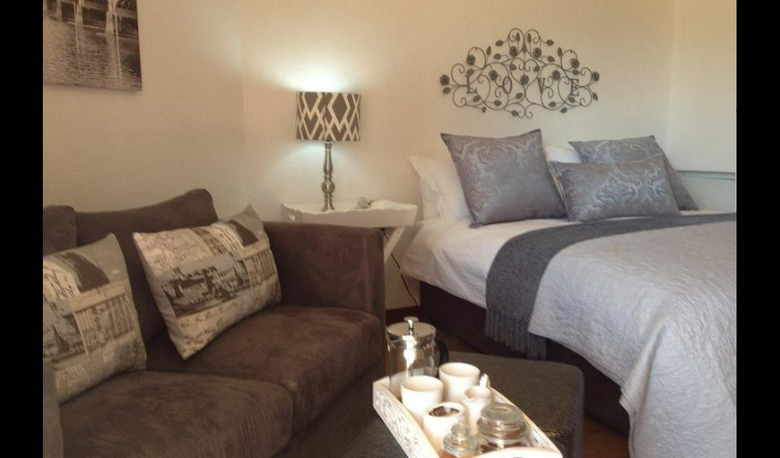 Luxury Apartment with Patio with a comfortable couch. in Honeydew, Johannesburg (Joburg), Gauteng, South Africa