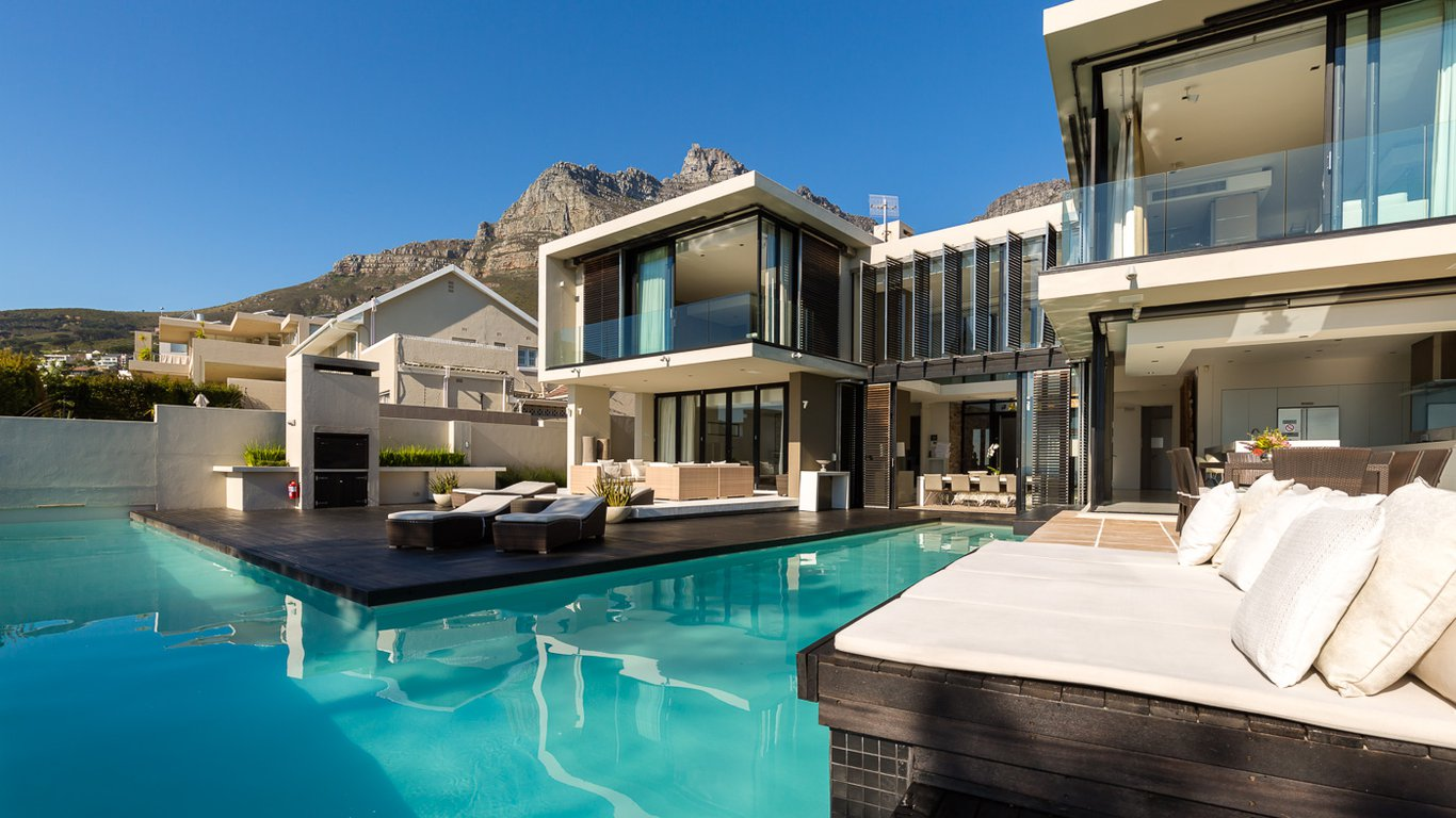 Serenity Villa In Camps Bay Cape Town Best Price Guaranteed